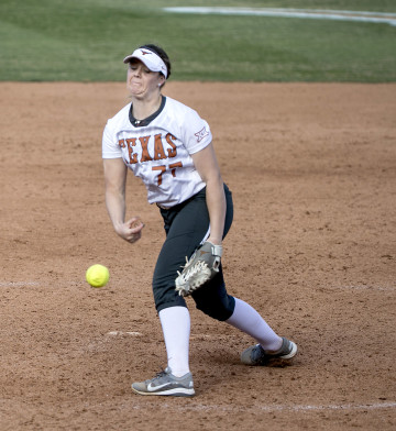 Paige von Sprecken tossed a complete game shutout as the Longhorns defeated Texas Southern on Wednesday night. (LAURA SKELDING/AMERICAN-STATESMAN)